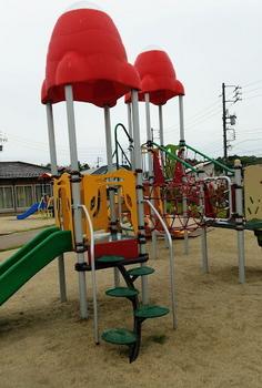 米野木遊具1-2.JPG